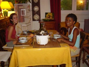 french language students having dinner at their home-stay accommodation