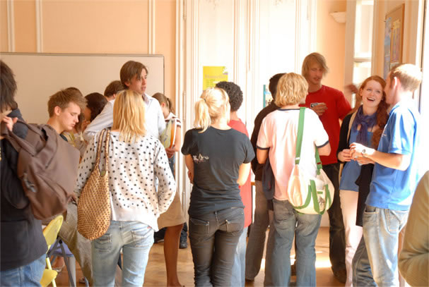 students talking together at a french language school