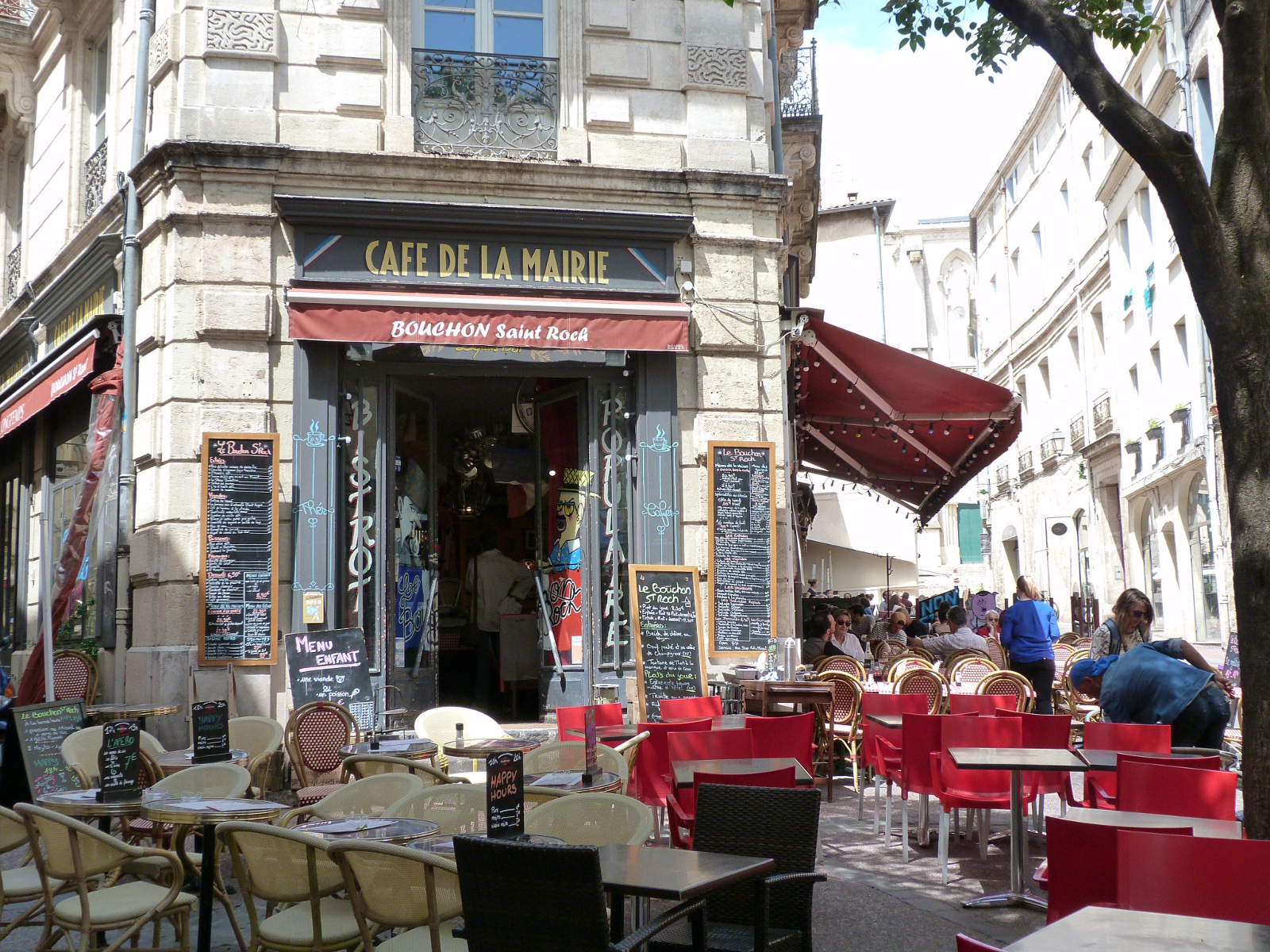 Discover The Quartiers Of Montpellier Ief