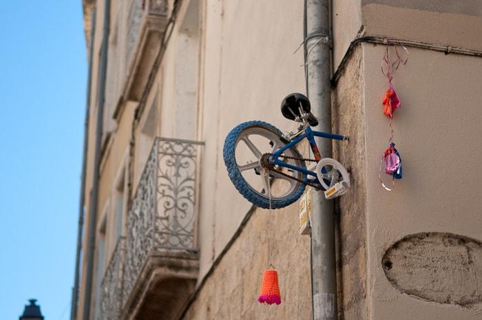 Arte urbano en Montpellier - Bicicletas de una rueda